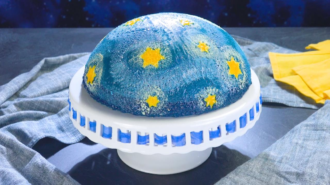 Bezaubernder Sternennacht Puddingkuchen