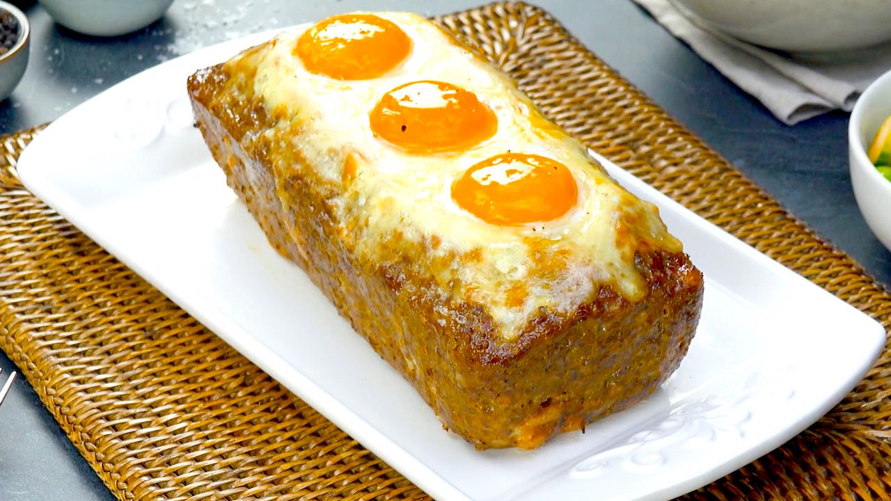 Frisch aus dem Ofen – gefüllter Hackbraten mit Ei | Falscher Hase