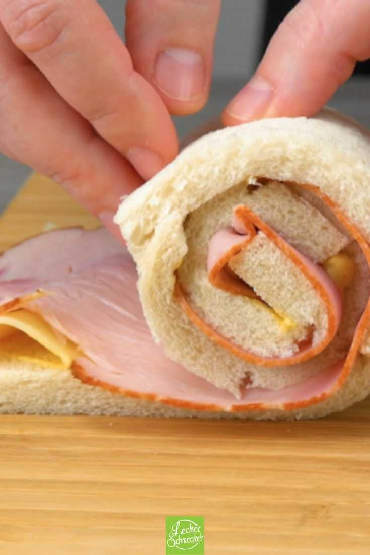 XXL-Schinken-Käse-Sandwich aus der Kuchenform