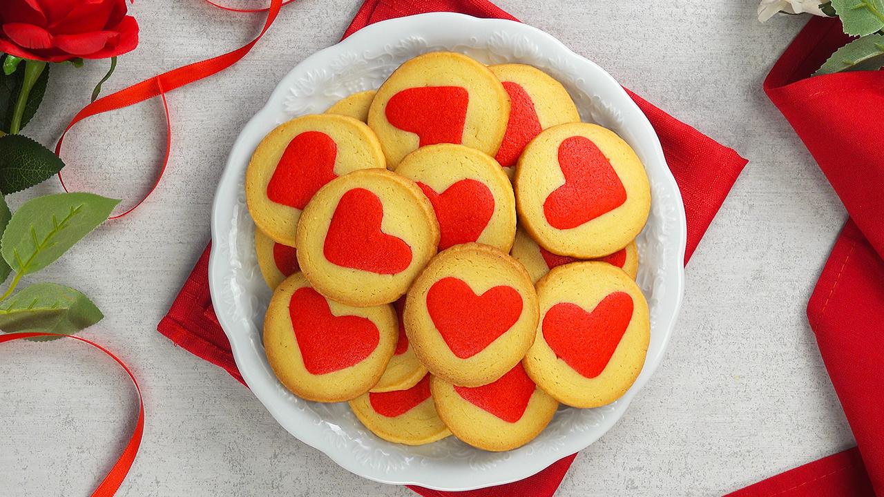 Herz Plätzchen als Muttertagsgeschenk | Kekse aus Mürbeteig